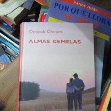 Libros de segunda mano: LIBRO ALMAS GEMELAS DEEPAK CHOPRA 2006 RBA L-1405-351. Lote 104355623