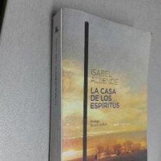 Libros de segunda mano: LA CASA DE LOS ESPÍRITUS / ISABEL ALLENDE / ESPASA AUSTRAL 2010. Lote 106052323