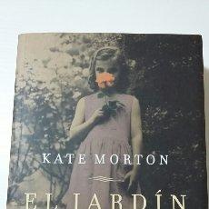 Libros de segunda mano: EL JARDÍN OLVIDADO. KATE MORTON.2012. Lote 127887539