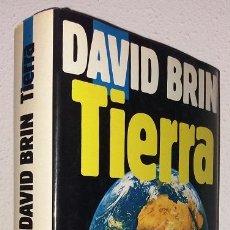 Libros de segunda mano: BRIN, DAVID: TIERRA (EDICIONES B) (LB). Lote 130690399