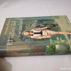 Libri di seconda mano: EL SABOR DEL ESCANDALO-SANDRA BROWN. Lote 130754412