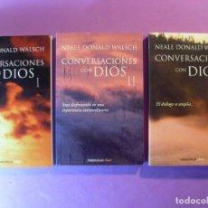 Libros de segunda mano: CONVERSACIONES CON DIOS / NEALE DONALD WALSCH / 2012. DEBOLSILLO / TRES TOMOS. Lote 131135912