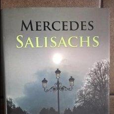 Libros de segunda mano: EL CAUDAL DE LAS NOCHES VACIAS. MERCEDES SALISACHS. MARTINEZ ROCA 2013 PRIMERA EDICION.. Lote 131887794