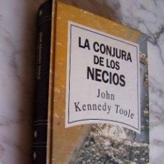 Libros de segunda mano: LA CONJURA DE LOS NECIOS. JOHN KENNEDY TOOLE. RBA, 1992.. Lote 140687133