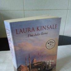 Libros de segunda mano: 119-UNA DULCE DAMA, LAURA KINSALE, DEBOLSILLO 2009. Lote 140188486