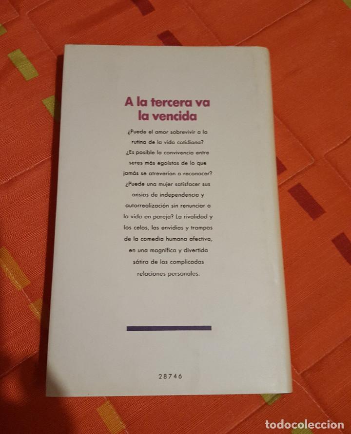 Libros de segunda mano: A la tercera va la vencida Eva Heller En busca del hombre soñado - Circulo de Lectores - Foto 2 - 149625378