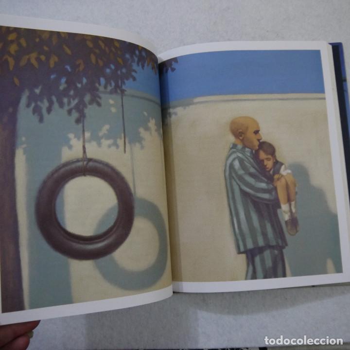 Libros de segunda mano: EL NIÑO DEL PIJAMA DE RAYAS. CON ILUSTRACIONES DE GIANNI DE CONNO - JOHN BOYNE - SALAMANDRA - 2010 - Foto 3 - 154655138