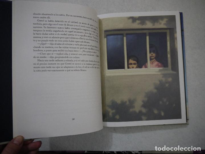 Libros de segunda mano: EL NIÑO DEL PIJAMA DE RAYAS. CON ILUSTRACIONES DE GIANNI DE CONNO - JOHN BOYNE - SALAMANDRA - 2010 - Foto 4 - 154655138