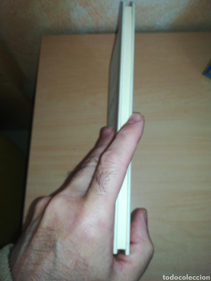 Libros de segunda mano: Cuca Canals - Buscando a D - Foto 4 - 156452630