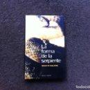 Libros de segunda mano: MINETTE WALTERS. LA FORMA DE LA SERPIENTE. ED. CÍRCULO, 2001. Lote 168048272