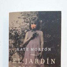 Libros de segunda mano: EL JARDÍN OLVIDADO. KATE MORTON. TDK394. Lote 171431337