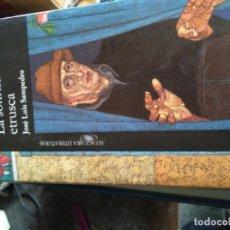 Libros de segunda mano: LA SONRISA ETRUSCA - SAMPEDRO,JOSÉ LUIS. Lote 171596670