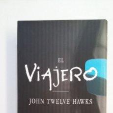 Libros de segunda mano: EL VIAJERO. - TWELVE HAWKS, JOHN. CIRCULO DE LECTORES. TDK414. Lote 174932162