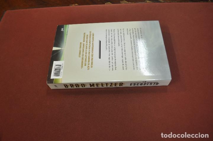 Libros de segunda mano: la escapista - brad meltzer - idioma español - NOF - Foto 2 - 179954396