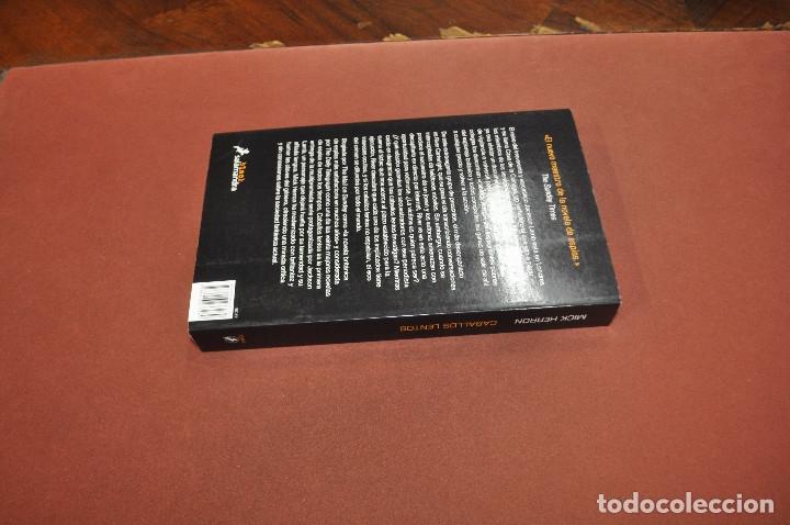 Libros de segunda mano: caballos lentos - mick herron - idioma español - NOF - Foto 2 - 179954480