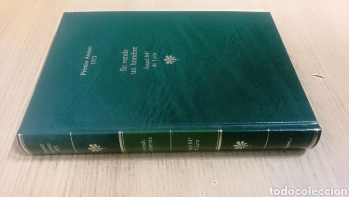 Libros de segunda mano: Libro SE VENDE UN HOMBRE. ÁNGEL Mª. DE LERA. - Foto 2 - 180412755