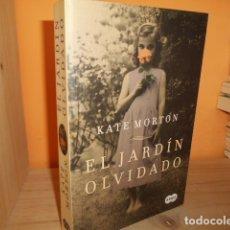 Libros de segunda mano: EL JARDIN OLVIDADO / KATE MORTON. Lote 181166307