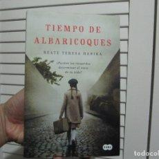 Libros de segunda mano: TIEMPO DE ALBARICOQUES. BEATE TERESA HANIKA. Lote 182529627