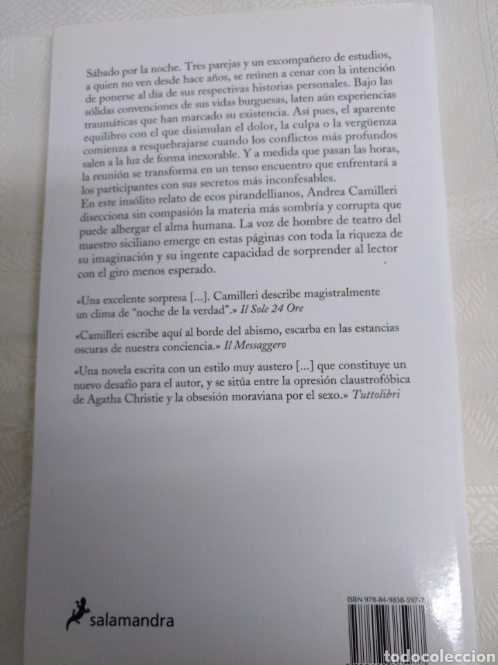 Libros de segunda mano: UN SÁBADO CON LOS AMIGOS de ANDREA CAMILLERI.1a Edición Julio 2014 - Foto 2 - 183439810