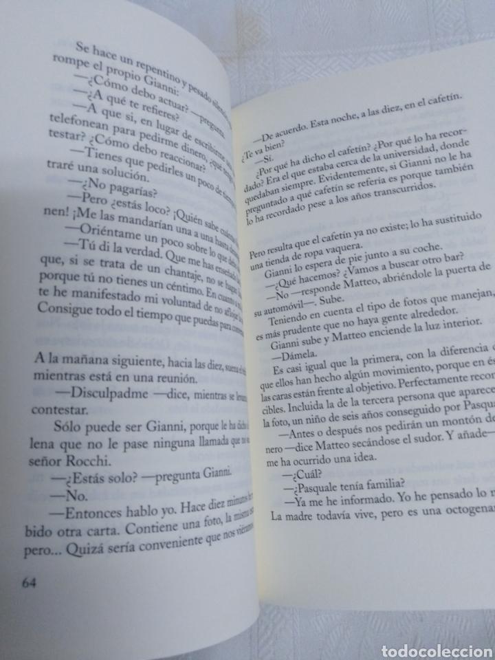 Libros de segunda mano: UN SÁBADO CON LOS AMIGOS de ANDREA CAMILLERI.1a Edición Julio 2014 - Foto 3 - 183439810