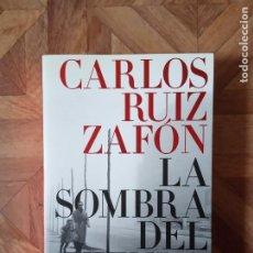 Libros de segunda mano: CARLOS RUIZ ZAFÓN - LA SOMBRA DEL VIENTO. Lote 183995520
