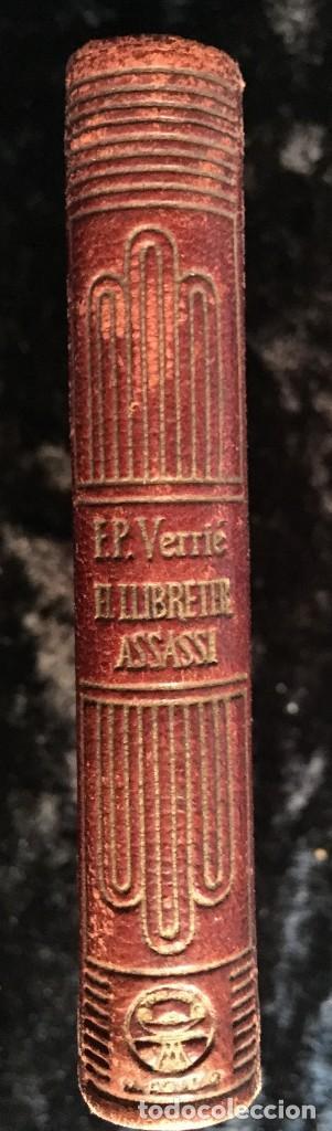 Libros de segunda mano: LA LEYENDA DEL LIBRERO ASESINO DE BARCELONA - CRISOLIN 5 - BILINGÜE - VERRIE - ILUSTRADO - Foto 3 - 192841892