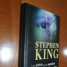 Libros de segunda mano: LA CHICA QUE AMABA A TOM GORDON. STEPHEN KING. CIRCULO DE LECTORES. FALTA UN TROCITO EN SOLAPA. Lote 194963288