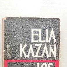 Libros de segunda mano: LOS ASESINOS. ELIA KAZAN. EDITORIAL POMAIRE, 1972.. Lote 195196726