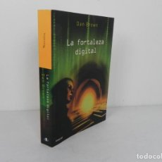 Livres d'occasion: LA FORTALEZA DIGITAL (DAN BROWN) UMBRIEL-2006. Lote 204118530