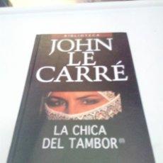 Libros de segunda mano: LA CHICA DEL TAMBOR JOHN LE CARRE. EST2B4. Lote 206122461