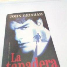Libros de segunda mano: LA TAPADERA JOHN GRISHAM. EST2B4. Lote 206122820