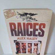 Libros de segunda mano: RAICES. ALEX HALEY. ULTRAMAR EDITORES. TRADUCCIÓN: ROLANDO COSTA PICAZO. 1979. VER FOTOS ADJUNTAS.. Lote 206123675