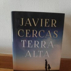 Libros de segunda mano: JAVIER CERCAS TERRA ALTA. Lote 210660950