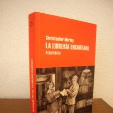Libros de segunda mano: CHRISTOPHER MORLEY: LA LIBRERÍA ENCANTADA (PERIFÉRICA, 2013) EXCELENTE ESTADO. Lote 218383901