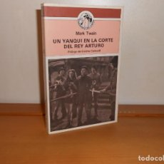 Libros de segunda mano: MARK TWAIN , UN YANQUI EN LA CORTE DEL REY ARTURO - EDICIONES COTAL, 1981 1ª EDICIÓN. Lote 220106052