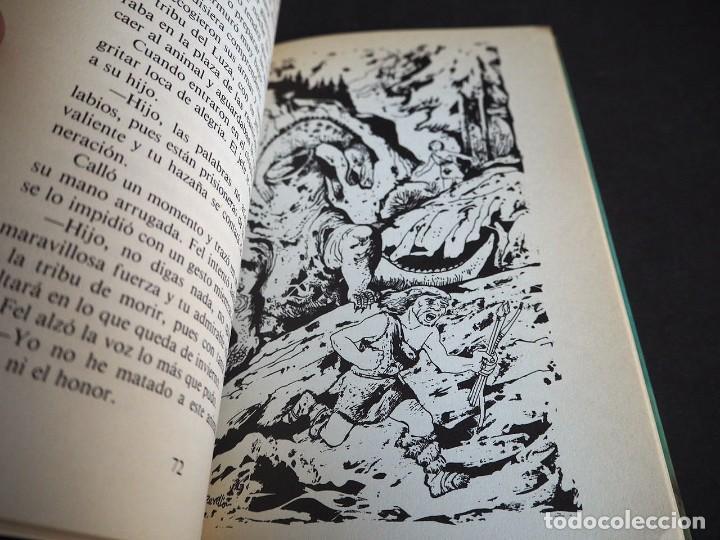 Libros de segunda mano: Ut y las estrellas. Pilar Molina Llorente. Ilustraciones de Perellón. Editorial Noguer 1980 - Foto 3 - 225340002