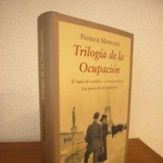 Libros de segunda mano: PATRICK MODIANO: TRILOGÍA DE LA OCUPACIÓN (CÍRCULO DE LECTORES/ ANAGRAMA, 2012) TAPA DURA. PERFECTO.. Lote 235569410