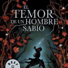 Libros de segunda mano: EL TEMOR DE UN HOMBRE SABIO (CRÓNICA DEL ASESINO DE REYES 2). Lote 236551355