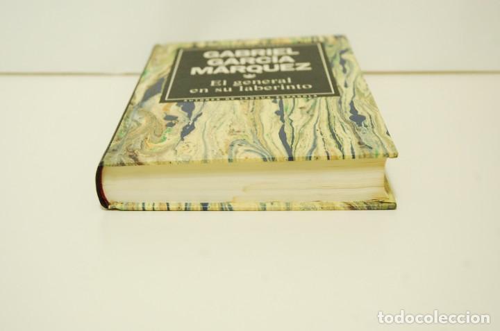 Libros de segunda mano: Gabriel García Márquez - El general en su laberinto - Foto 3 - 241331885