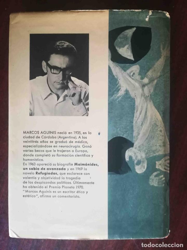 Libros de segunda mano: La cruz invertida (Marcos Aguinis) Planeta 1970 - Foto 2 - 244781960