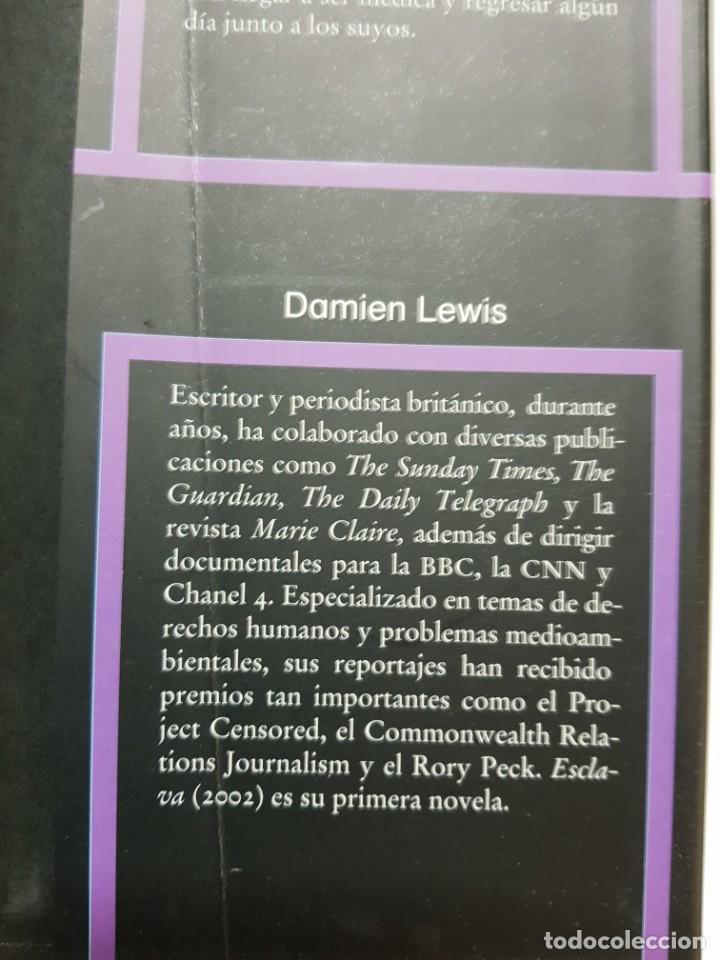 Libros de segunda mano: ESCLAVA. MENDE NAZER Y DAMIEN LEWIS. CIRCULO DE LECTORES. 2003 - Foto 6 - 246354730