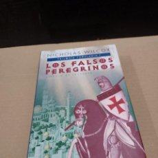 Libros de segunda mano: LITERATURA......NICHOLAS WILCOX.........LOS FALSOS PERGRINOS........2000..... Lote 248250275
