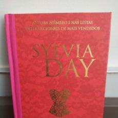 Libros de segunda mano: AMIGO SECRETO , SYLVIA DAY - TAPA DURA 2013 , EN PORTUGUES DE BRASIL. Lote 251516835