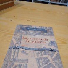 Libros de segunda mano: M-35 LIBRO LA TRASTIENDA DE PALACIO. QUIEN FUE QUIEN EN LA CORTE DE FELIPE V - CASO, ANGELES. Lote 260267445
