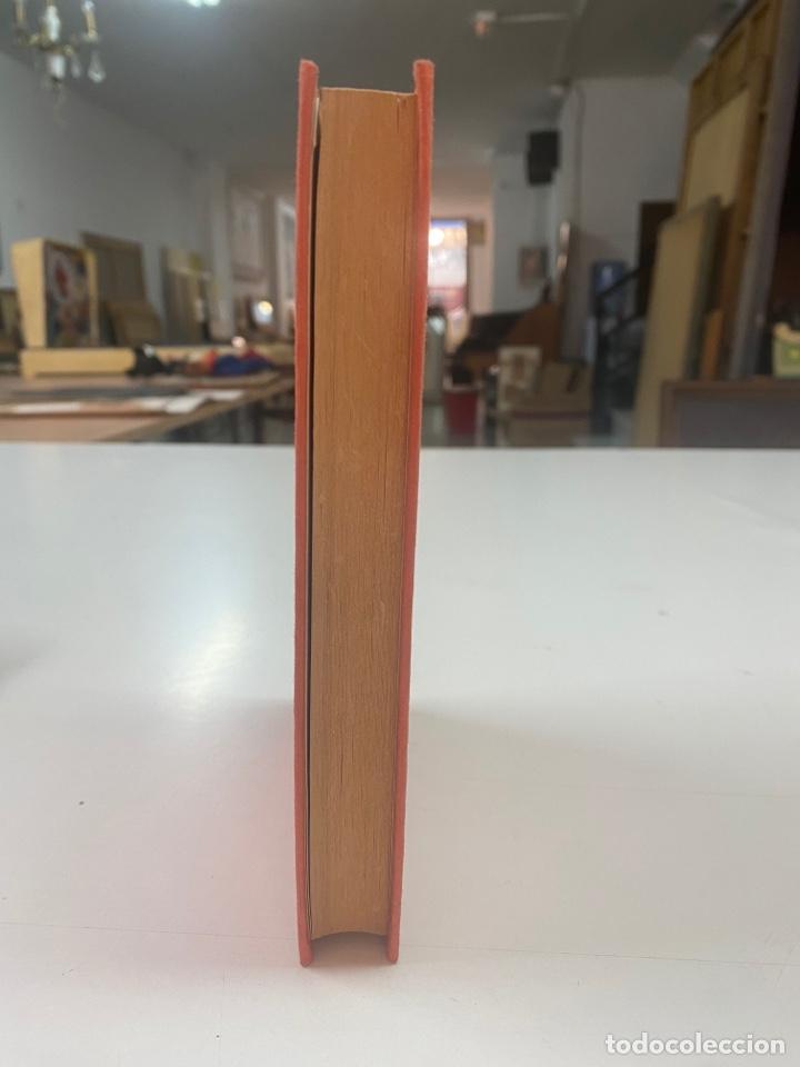 Libros de segunda mano: JAQUE A LA DAMA POR JESÚS FERNANDEZ SANTOS 1a EDICIÓN 1982 - Foto 3 - 260853005