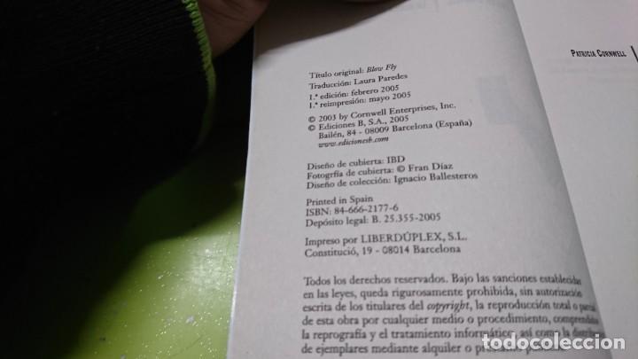Libros de segunda mano: LA MOSCA DE LA MUERTE, PATRICIA CORNWELL - Foto 4 - 263042885