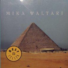 Libros de segunda mano: SINUHÉ, EL EGIPCIO / MIKA WALTARI. BARCELONA : DEBOLSILLO, 2007. (BEST SELLER ; 161 / 1).. Lote 268989599