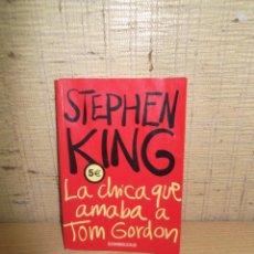"Libros de segunda mano: LIBRO DE BOLSILLO ""LA CHICA QUE AMABA A TOM GORDON"" DE STEPHEN KING. Lote 276024633"