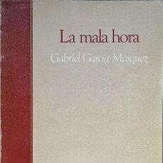 Libros de segunda mano: LA MALA HORA, GABRIEL GARCÍA MÁRQUEZ - BIBLIOTECA BÁSICA SALVAT - 1985.. Lote 289931313
