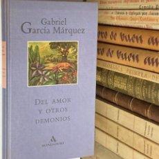 Libros de segunda mano: AÑO 1994 - DEL AMOR Y OTROS DEMONIOS DE GABRIEL GARCÍA MÁQUEZ 1ª EDICIÓN EN ESPAÑA. Lote 293805823